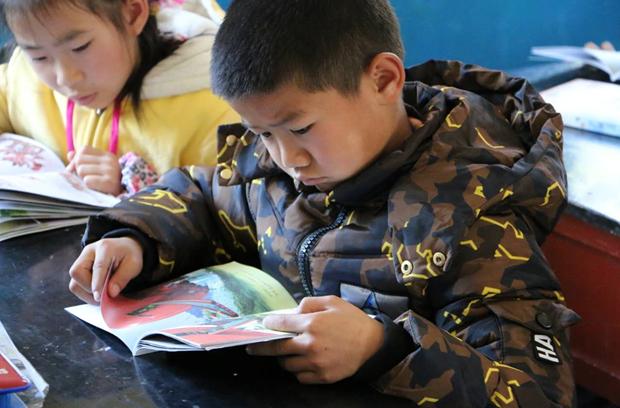 六个核桃·读书慧征文活动:让孩子在书本中强壮梦想羽翼