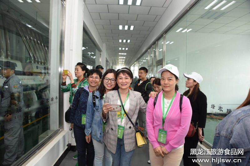 乡村振兴,绿色兴农:庆安县成功举办第三届春
