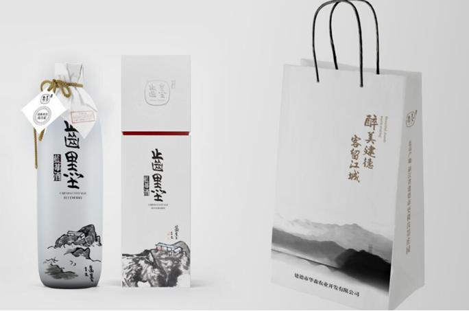 蓝莓夫人陆文华:匠心耕耘把8年时光酿成一瓶养身美酒