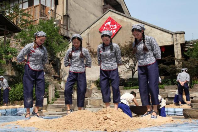 酱酒产业成贵州仁怀工业经济腾飞起搏器